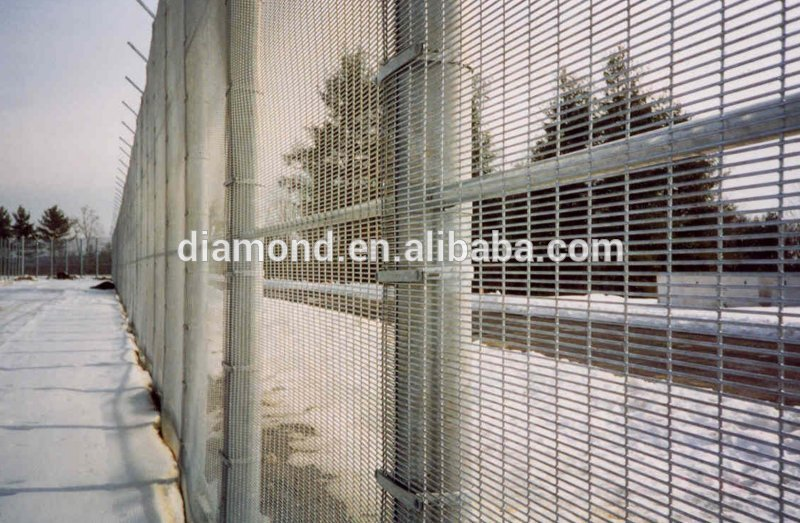 358 security fence prison mesh/prison wire fence/prison fence
